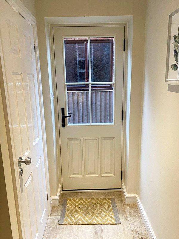 timber-door-2-inside